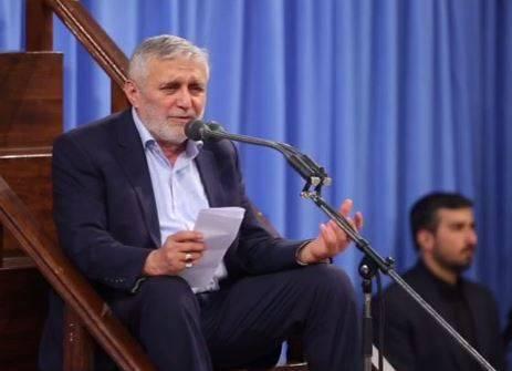 فیلم/ مداحی حاج منصور در شب اول ایام فاطمیه در حضور رهبرانقلاب