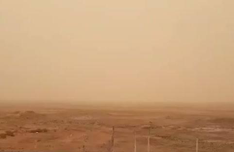 فیلم/ گردوغبار شدید در حوالی خرمشهر