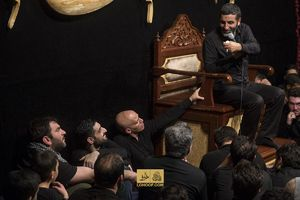 عکس/ منصوریان پای منبر حاج حسین