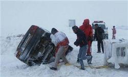 ۷ استان کشور گرفتار در برف و کولاک