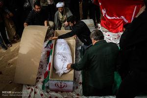 عکس/ تشییع دو شهید گمنام در دانشگاه پیام نور اهواز