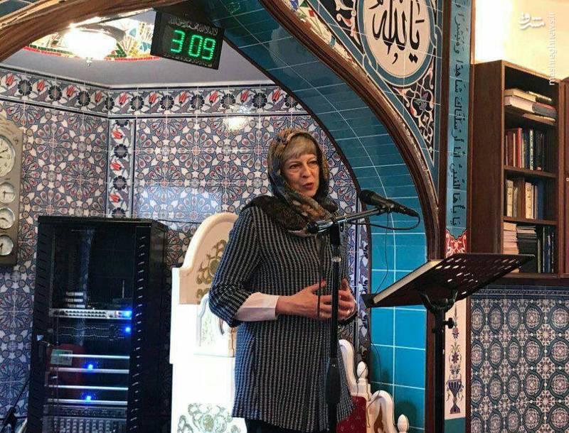 حضور ترزا می، نخست وزیر انگلیس در مسجدی در حومه لندن