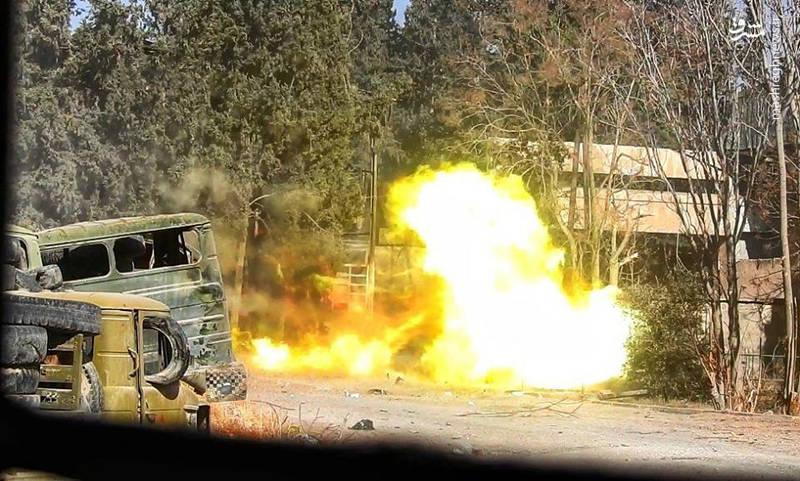 آخرین تحولات میدانی استان دمشق؛ شخم گروه های تروریستی در غوطه شرقی با آتش یگان توپخانه «ببر سوریه» + نقشه میدانی و تصاویر