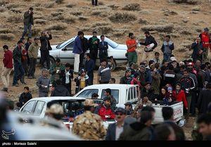 حضور مردم در منطقه سقوط هواپیما