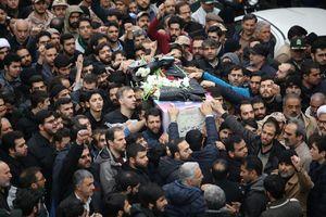 تشییع پیکر شهدای نیروی انتظامی در ستاد فرماندهی