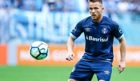 ستاره 21 ساله برزیلی در آستانه بارسایی شدن