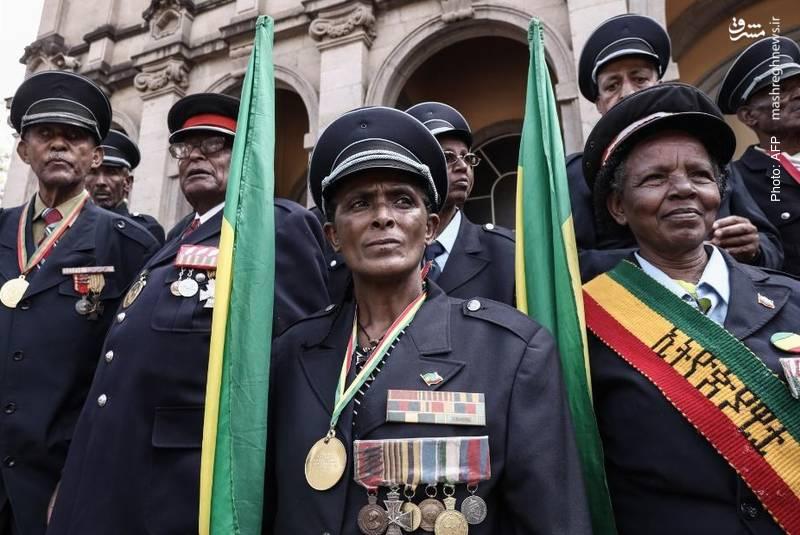 حضو کهنهسربازان اتیوپی در سالگرد فاجعه آدیسآبابا که طی آن استعمارگران ایتالیایی هزاران نفر از مردم این کشور را کشتند. تعداد کشتهشدگان را تا 30 هزار تن اعلام کردند.