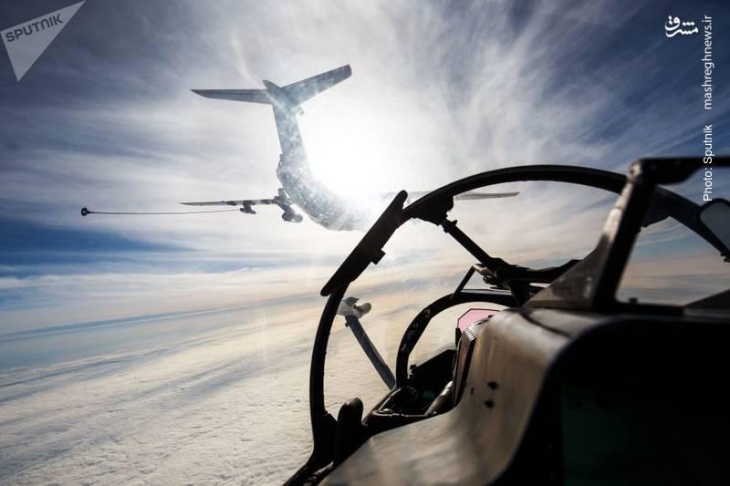 یک هواپیمای تانکر IL-78 از نگاه خلبان روس