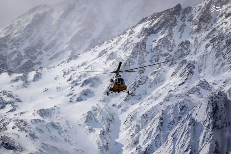 جستجو برای یافتن پیکرهای 65 مسافر و کادر پرواز هواپیمای ایتیآر در اطراف کوه دنا که طی یک سقوط دردناک جان خود را از دست دادند.