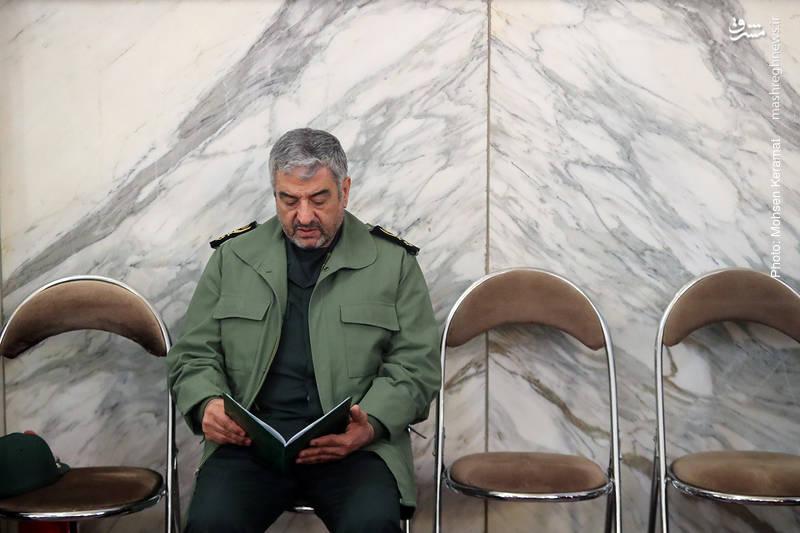 سردار عزیز جعفری در مراسم ختم شهدای حافظ امنیت ناجا