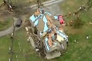 فیلم/ طوفان و گردبار در آمریکا با پنج کشته