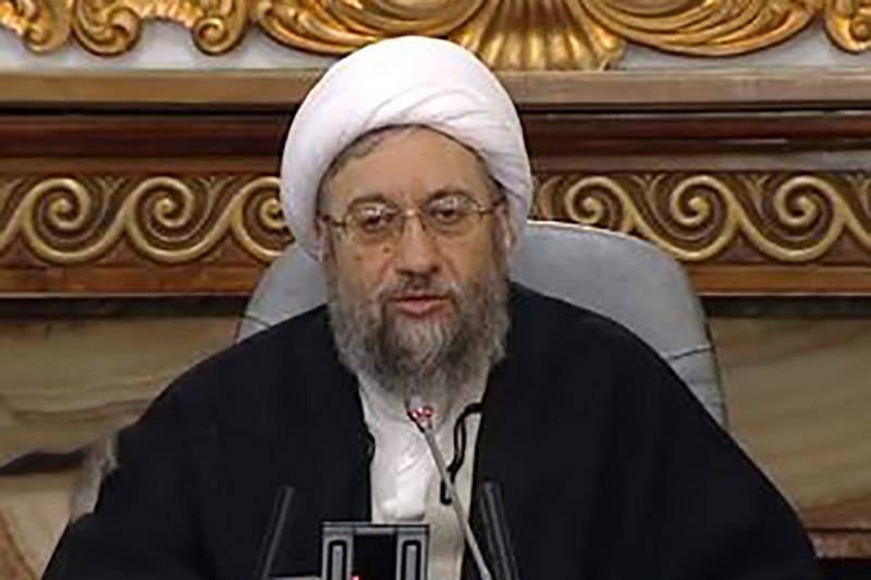 فیلم/ واکنش آملی لاریجانی به آشوب دراویش پاسداران