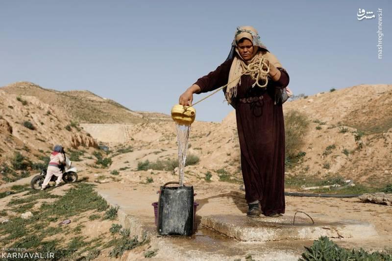 زن ۳۶ ساله یکی از ساکنان خانه های زیرزمینی تونس: من نمی خواهم خانه ام را ترک کنم، این کار یعنی دور ریختن زندگی و سنت هایی که به آنها باور دارم.