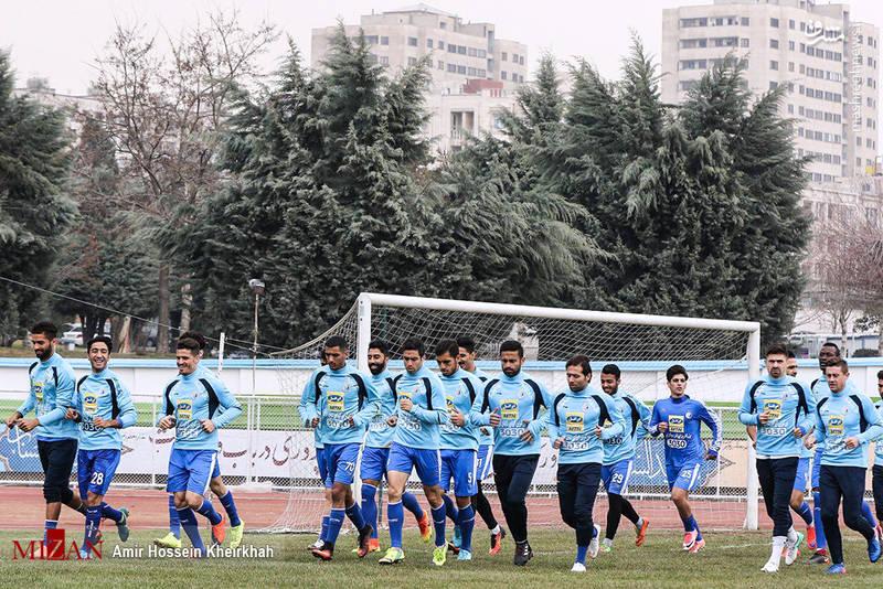 تمرین تیم استقلال قبل از دربی