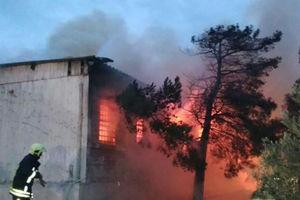 فیلم/ آتشسوزی مرگبار در مرکز ترک اعتیاد باکو