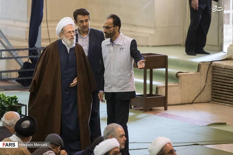 ایت الله ری شهری در نماز جمعه تهران