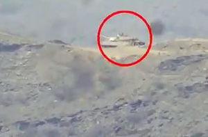 فیلم/ لحظه انهدام تانک سعودی توسط مبارزان یمنی