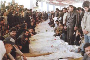 عکس/ وداع مردم با شهدای انقلاب در بهمن ۵۷