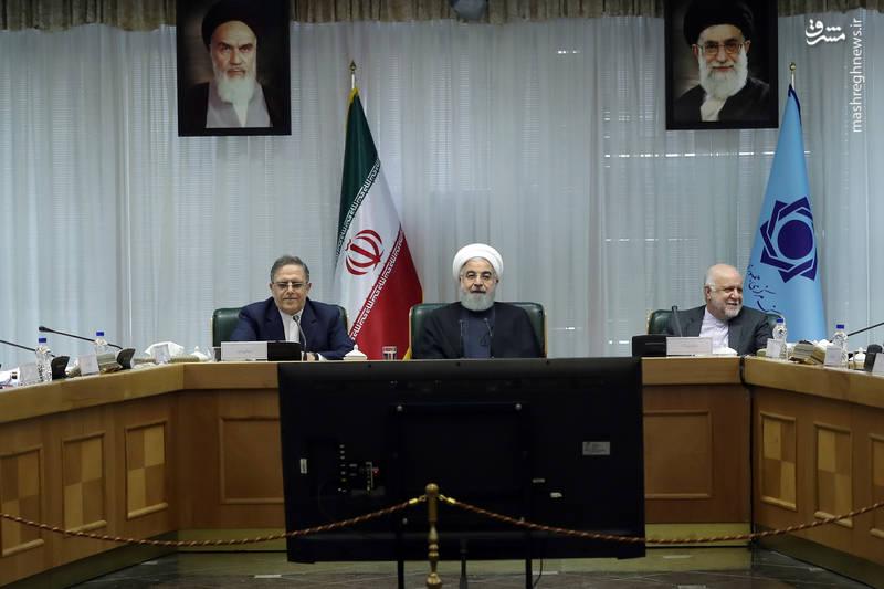 حسن روحانی روز یکشنبه در جمع مدیران بانکها در پنجاه و هفتمین مجمع سالیانه بانک مرکزی جمهوری اسلامی