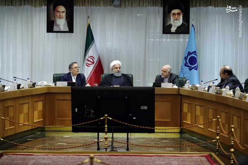 حسن روحانی رئیس جمهوری ایران در مجمع سالیانه بانک مرکزی
