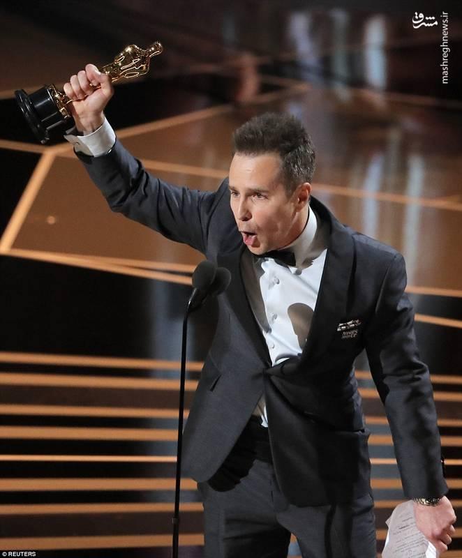 سم راکول برنده اسکار بهترین بازیگر نقش مکمل مرد برای فیلم (سه بیلبورد خارج از میزوری اِبینگ)