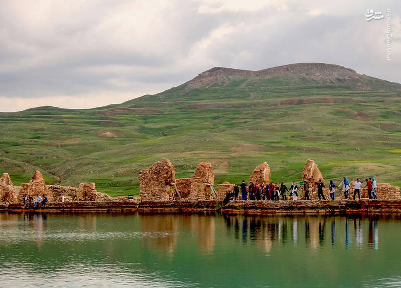 دریاچه تخت سلیمان در استان آذربایجان غربی