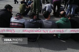 عکس/ دستگیری سارقان متواری پایتخت
