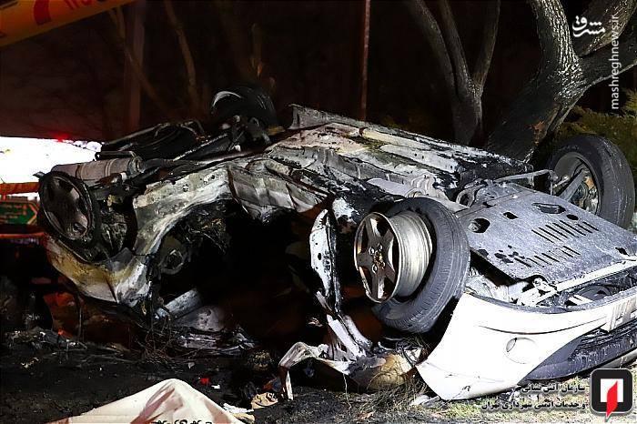 بنا به اظهارشاهدان، یك دستگاه خودروی پژو 207 با دوسرنشین در بزرگراه همت درحال حرکت بود که ناگهان به علت نامعلومی از مسیراصلی منحرف و در قسمت فضای سبز کناربزرگراه واژگون شد و آتش گرفت.