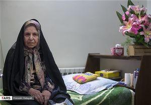 خانهنشینی دختر اعلامیهنویسِ انقلاب + عکس