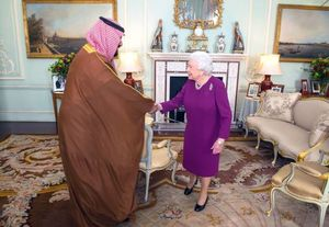 عکس/ دیدار بن سلمان با ملکه انگلیس