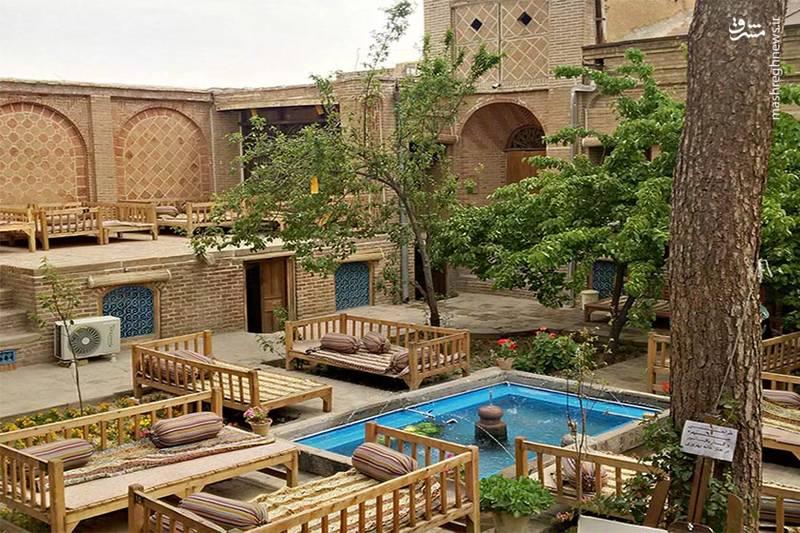 یکی از اقامتگاههای بومگردی و سنتی شهر قزوین