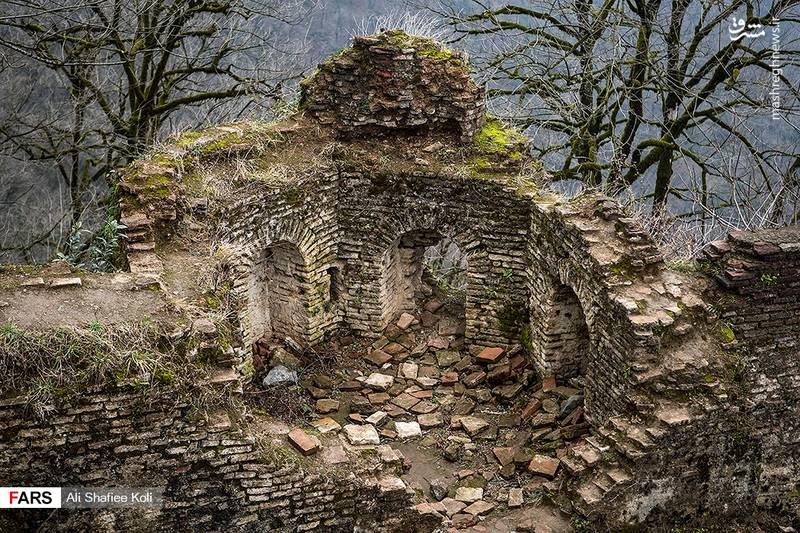 قلعه رودخان؛ قلعه هزارپله