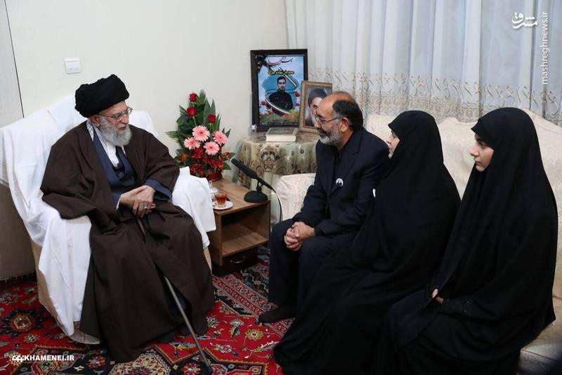 حضور رهبر انقلاب در منزل شهید علی بایرامی