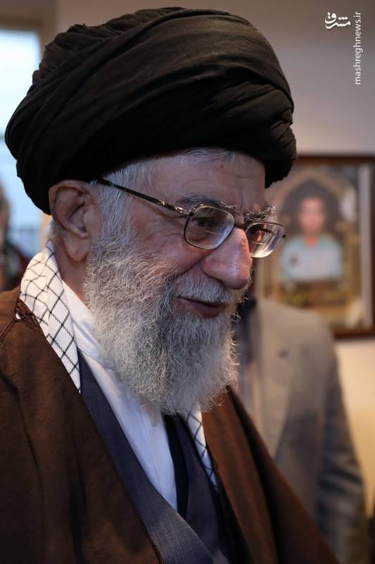 حضور رهبر انقلاب در منزل شهید محمدعلی بایرامی از شهدای ناجا