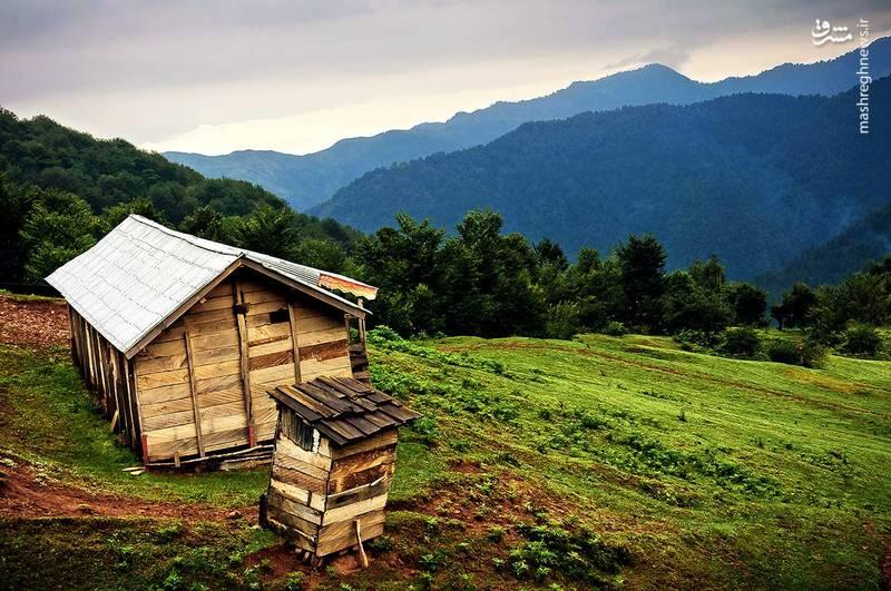 امکان شبمانی در کلبههای گرم و روستایی و هم صحبتی و همراهی هر چند کوتاه با روستاییان باصفای ییلاق اولسبلنگاه بر لذت این روستاگردی می افزاید.