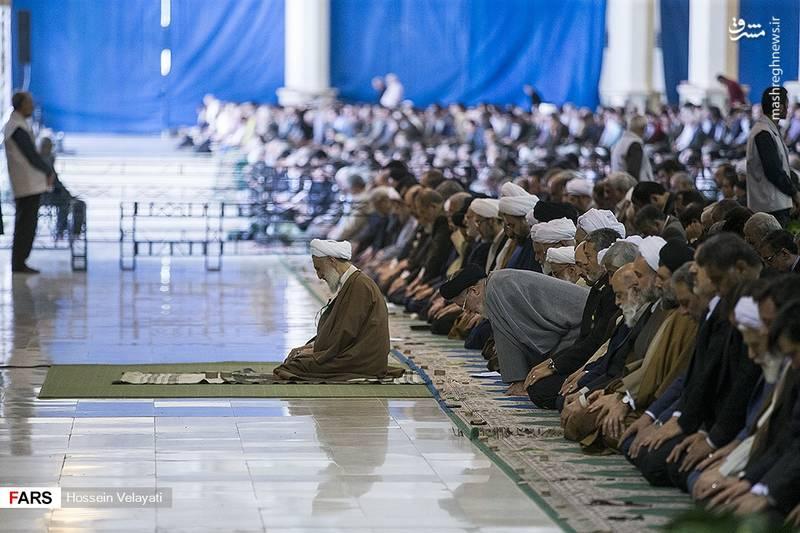 حجت الاسلام صدیقی:  خانواده ایرانی با جمعیت انبوه قشونی برای اسلام و امام زمان(عج) تدارک ببیند.