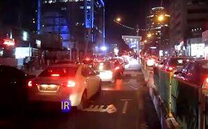 فیلم/ خودروهای شخصی مسیر BRT را بند آوردند