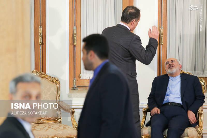 درحاشیه ی دیدارهای محمدجواد ظریف در وزارت خارجه