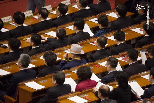 بدین ترتیب، شی جینپینگ رئیس جمهور کنونی چین و رئیس حزب کمونیست این امکان را خواهد داشت تا به طور مادامالعمر رئیس جمهور بماند.