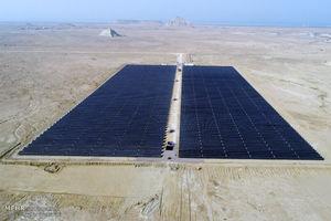 عکس/ افتتاح نیروگاه خورشیدی در قشم