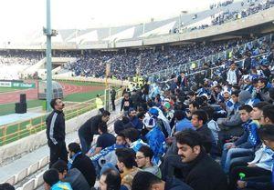 حضور ۴۰ هزار هوادار استقلالی در ورزشگاه آزادی