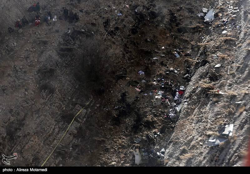 ۱۱ پیکر جانباختگان حادثه کشف و به پایین ارتفاعات منتقل شد.