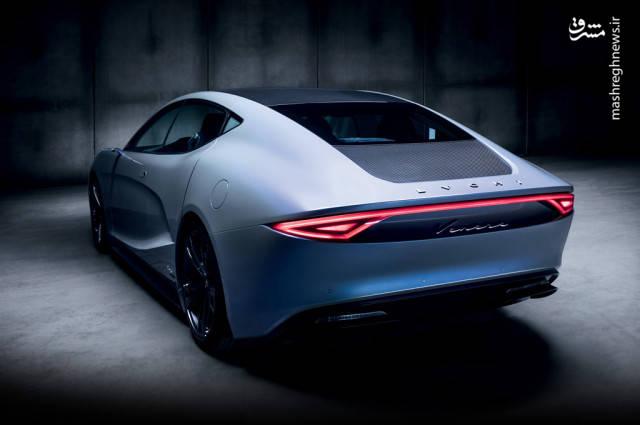 این خودرو در ادامه بیشینه سرعت 280 کیلومتربرساعت خواهد داشت و تنها با یک مرتبه شارژ کامل، مسافت 650 کیلومتر را طی میکند.