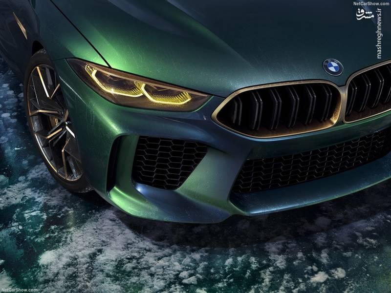 رنگ طلایی بکار گرفته شده در المان های بدنه از قبیل سر اگزوز ها و جلو پنجره های کلیوی بر خاص بودن خودرو تاکید می کنند.