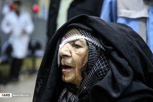 عکس/سالمندانی که در چهارشنبه سوری مصدوم شدند
