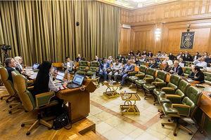 فیلم/ خبرنگاران پشت درهای بسته جلسه شورای شهر
