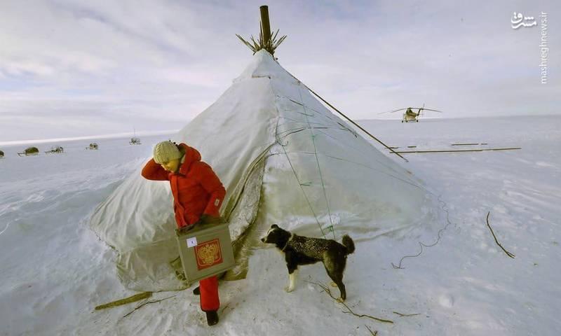عکس/ صندوق  رای سیار در مناطق دورافتاده و برفی روسیه