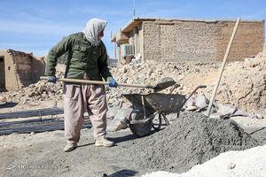 فیلم/ فعالیت گروههای جهادی در مناطق زلزلهزده