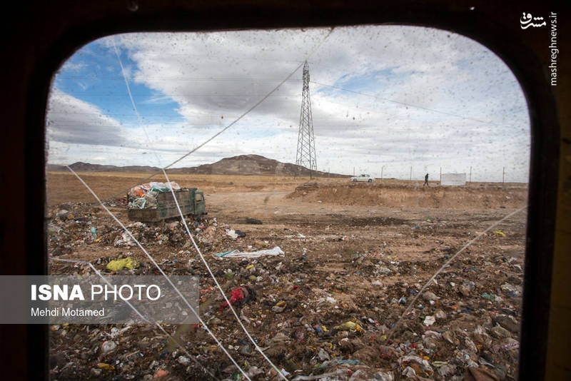 بر اساس آمار موجود، میزان پلاستیک تولیدی در ایران بیش از ۱۷ هزار تن در سال تخمین زده شده که این رقم معادل حدود ۵۰ تن در روز است.
