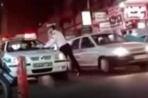 فیلم/ جریمه ماشین ناجا توسط افسر قانون مدار